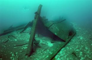 america-shipwreck-nps
